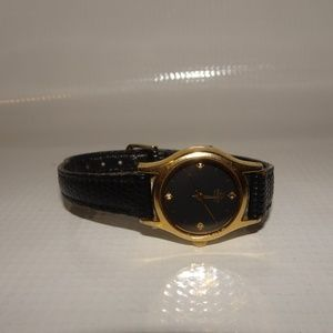 Vtg. Seiko Quartz Leather Band Wrist Watch